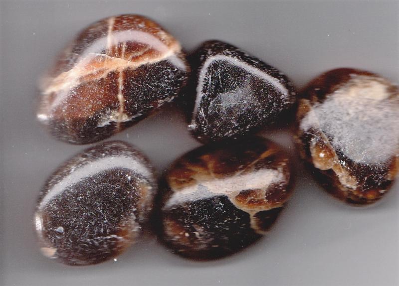 Aragonitt brun krystall edelsten sten betydning egenskap norsk healing chakra
