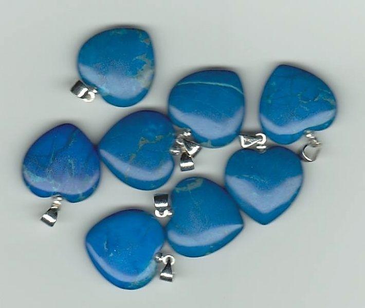 hovelitt howlite blå turkis hvit krystall sten mineral edelsten egenskap healing chakra norsk
