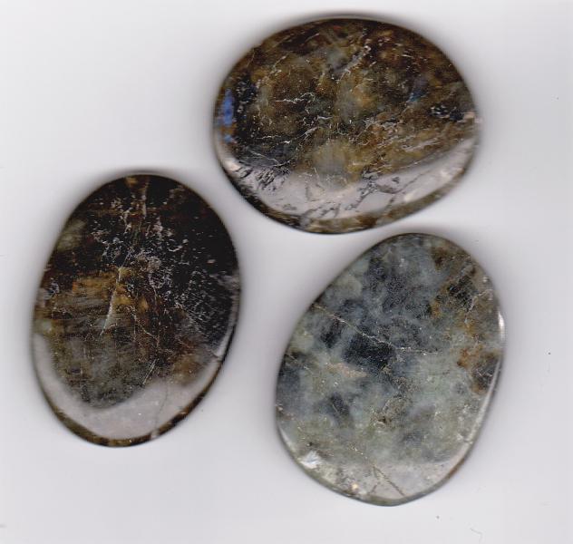 lommestein av labradoritt labradorite spektrolitt healing stein chakra krystall egenskap betydning kjøp hvor mystica