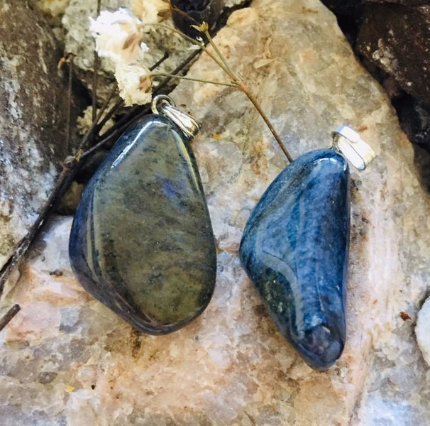 dumortiereitt dumortierite krystall stein sten mineral egenskap healing norsk nettbutikk norsk billig