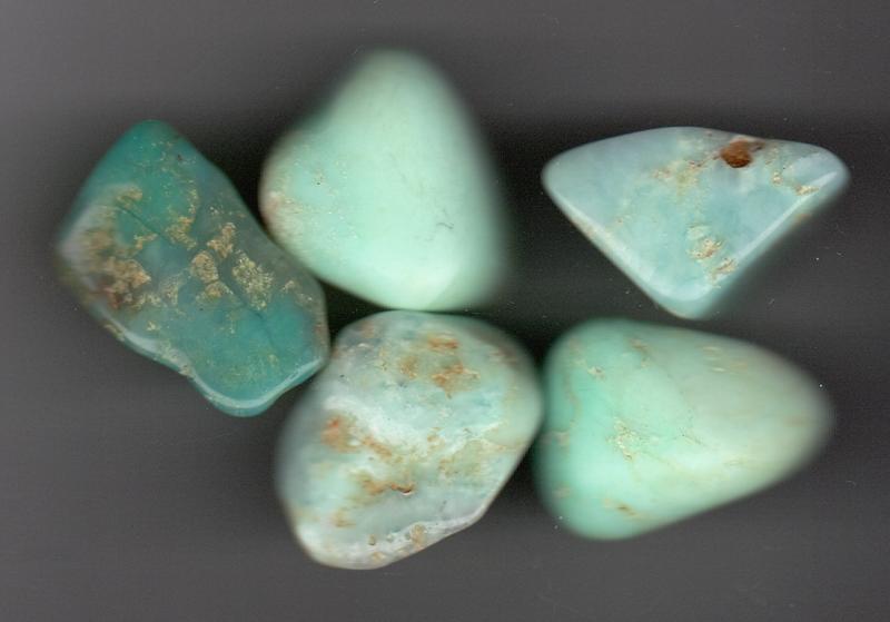 krysopras chrysopras slipt krystall edelstein sten mineral healing egenskaper body mind norsk butikk